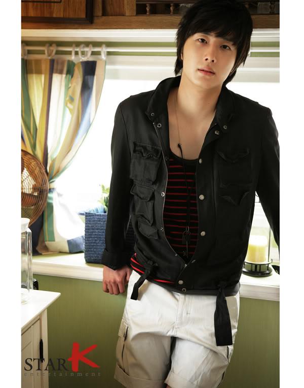 2007 2 Jung Il woo in Anan Magazine's Photo Shoot. 7.jpg