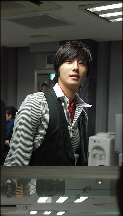 2007 Jung Il-woo BTS for the Press Conference of the movie My Love.1.jpg
