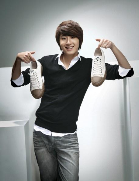 2009 JIW NIX Shoes 1.jpg