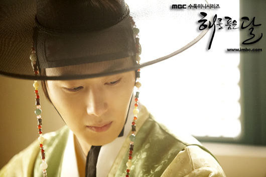 2012 Jung II-woo in the Moon that Embraces the Sun Episode 9,10 & 11 Extras 00012