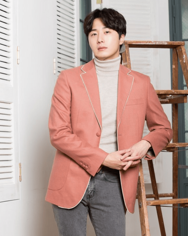 2016 11 Jung Il woo in a Japanese Magazine 1. 4
