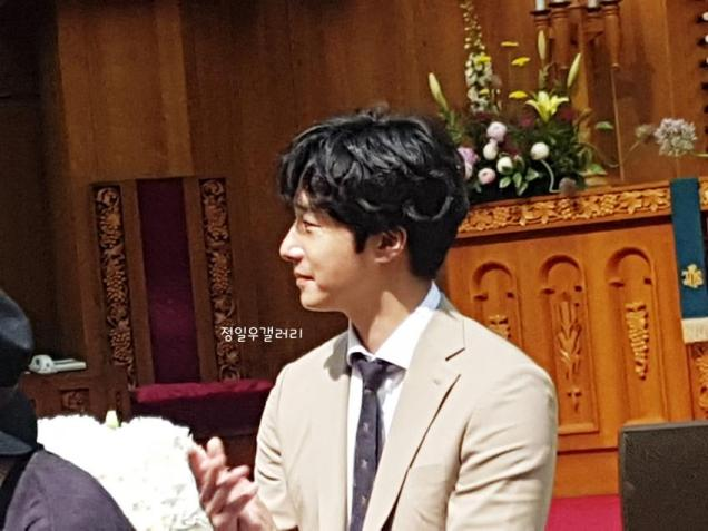 2017 6 11 Jung Il woo attends the wedding of the PD of Running Man. 2