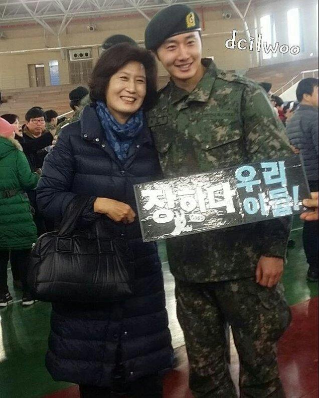 Jung II-woo during Military Basic Training 6