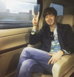 Jung Il woo in Behind the Scenes of Love and Lies. At the cast reception and on the way there!. 1