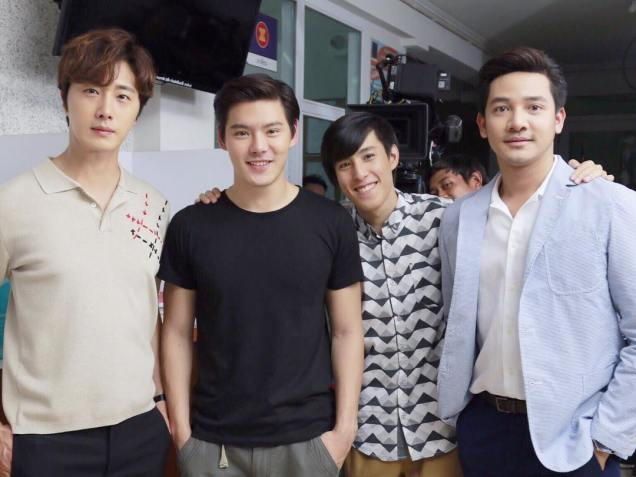 Jung Il woo in Behind the Scenes of Love and Lies. With male actors. 6