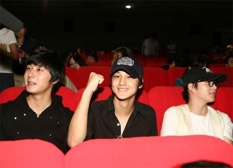 2007 Kim Bum and Jung II-woo 2.jpg