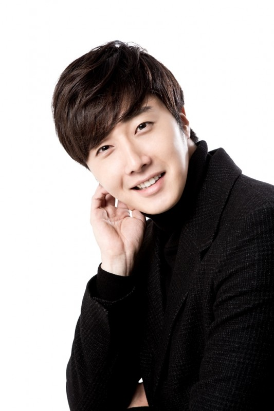 Jung Il woo in Golden Rainbow interview for Korepo. 2015 1