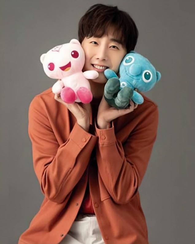2020 4. Jung Il Woo featured in the National Health Insurance Service Web:magazine. 3.JPG