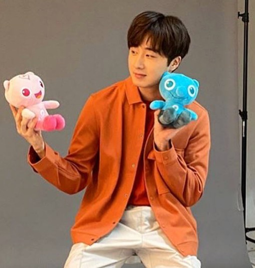 2020 4. Jung Il Woo featured in the National Health Insurance Service Web:magazine. (Behind the Scenes) Cr. jungilwoo_official 1