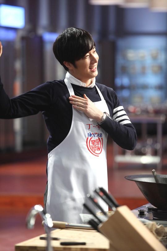 2015 4 8 Jung Il-woo at China's Jiangsu Satellite TV Star Chef 25