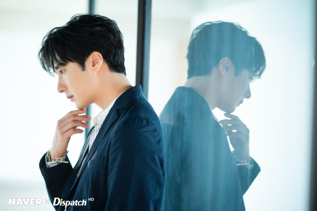 2020 6 15 Jung Il woo in a gorgeous photo shoot. Cr. Dispatch, Naver.10