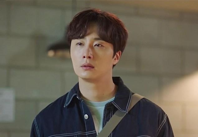 2020 6 22 Jung Il woo in Sweet Munchies Episode 9. Screen Captures by Fan 13. Cr. JTBC, taken by Fan 13. 66