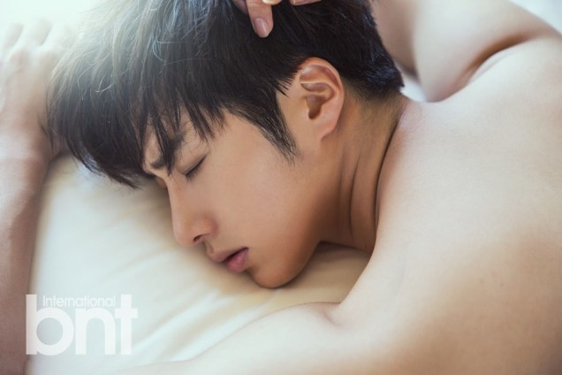 2014 19 Jung Il woo in the BNT International Photo Shoot in Bali Indonesia. 1