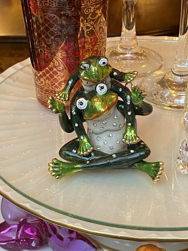 2020 1 29 JIW's Fan 13 Frog Encounter