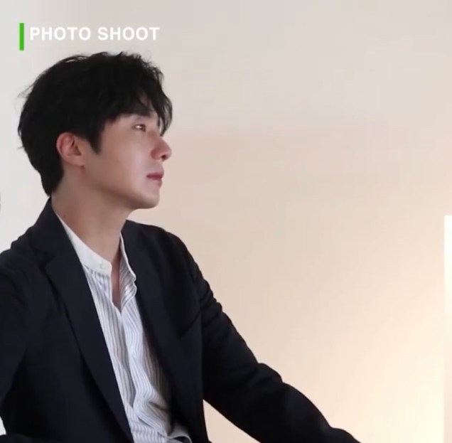 2020 6 15 Jung Il woo In Behind the Scenes pf a Photo Shoot. 2