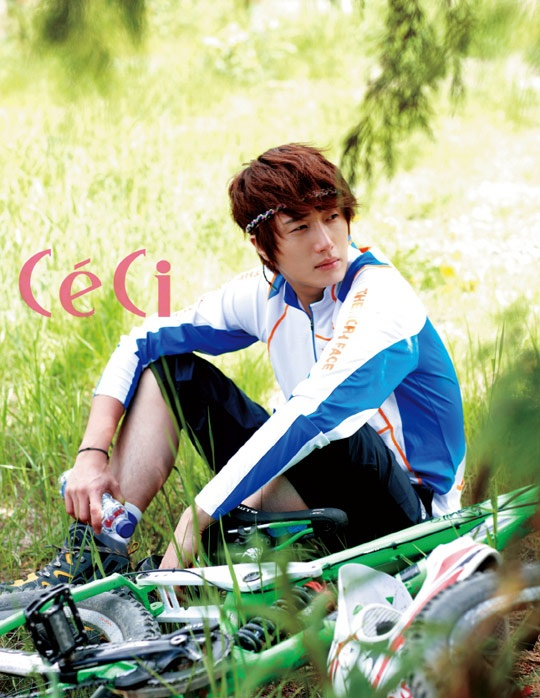 2011 Jung Il woo in Ceci Magazine. 4