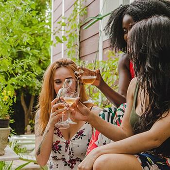 wine-gallery-1-free-img.jpg