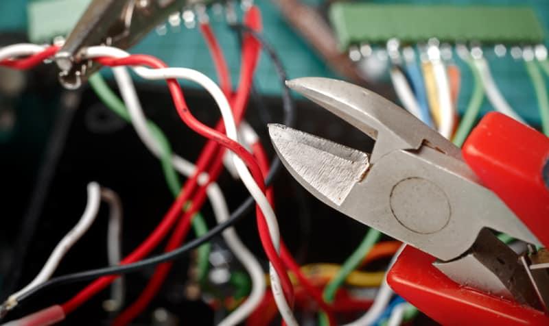cortador de alambre sin texto