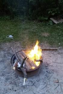 Und noch mal ordentlich Feuerholz drauf ...