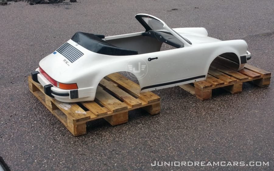 Porsche 911 Agostini 1988 restoration