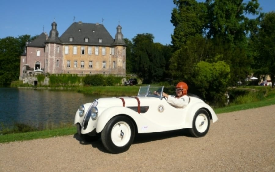 BMW 328 Blanc Chateu