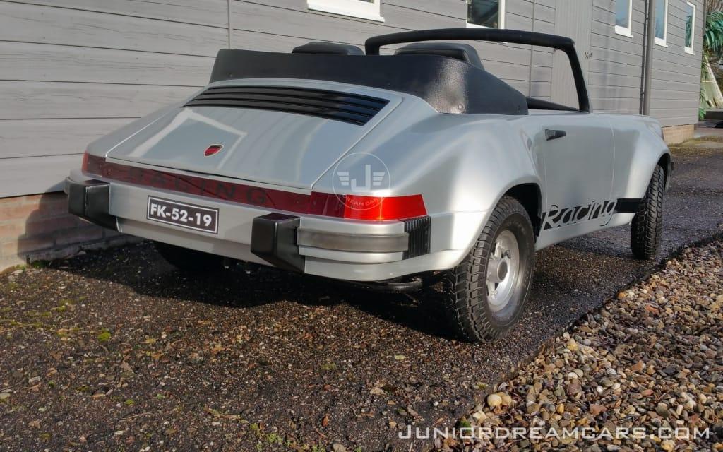 Porsche 911 Racing Zilver