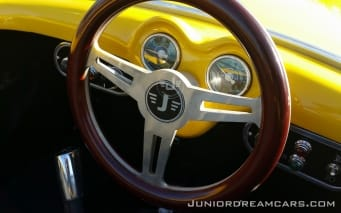 250-spyder-geel