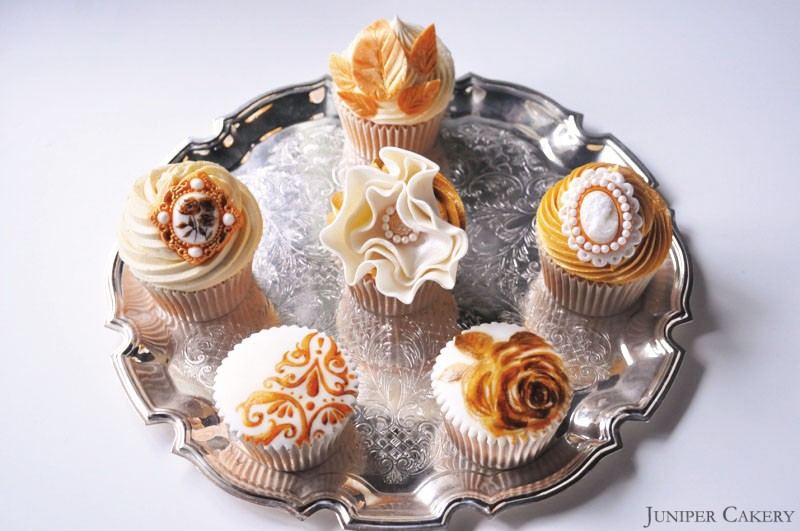 Golden anniversary cupcakes