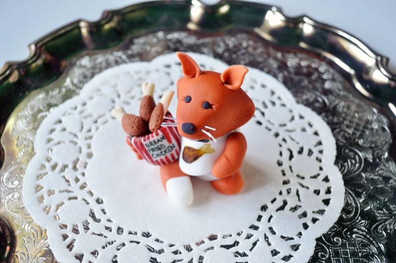 Tutorial Tuesday: How to make a fondant sugarpaste fox