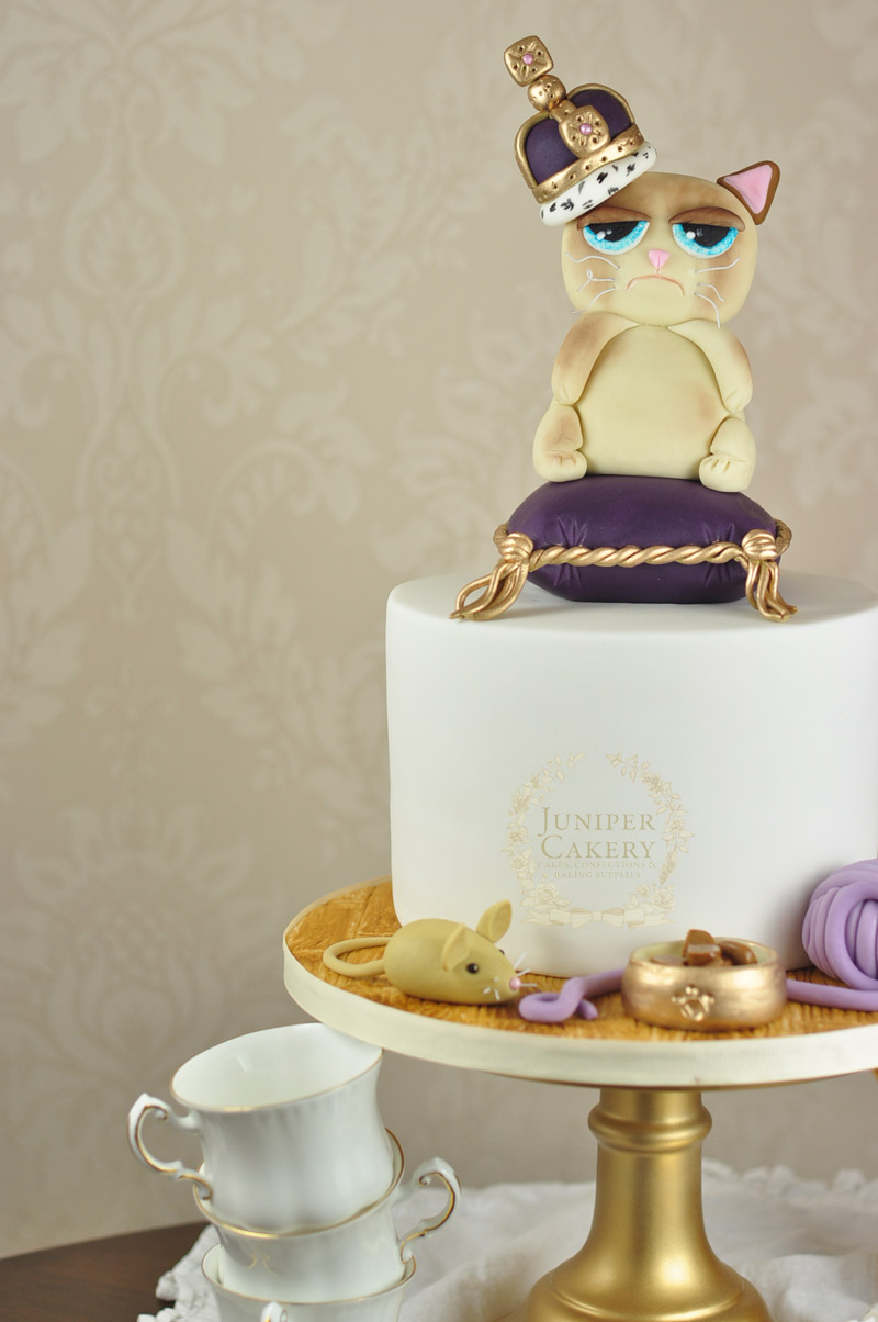 Grumpy Cat birthday cake by Juniper Cakery