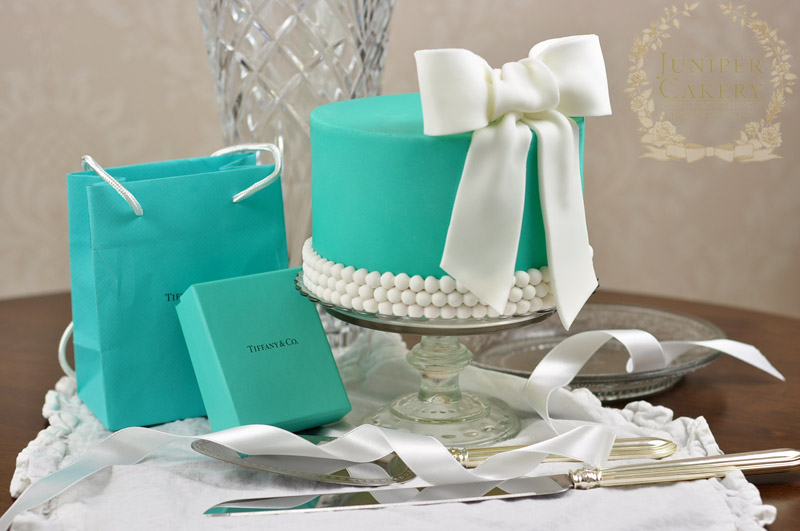 Tiffany and Co. cake by Juniper Cakery
