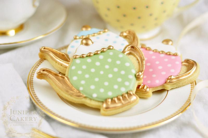 Vintage teapot cookies by Juniper Cakery