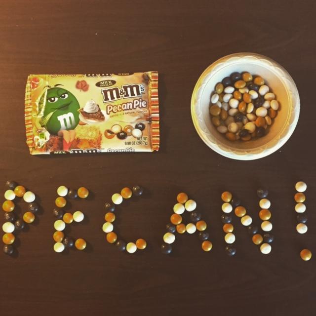pecan-pie-m&ms