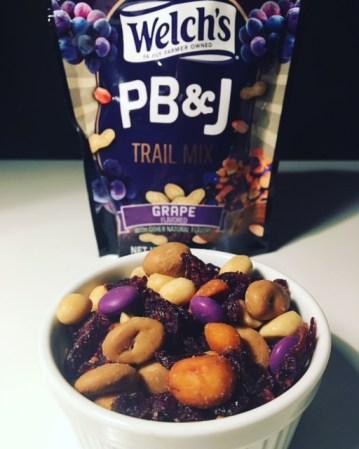 Welch's PB&J Trail Mix Grape
