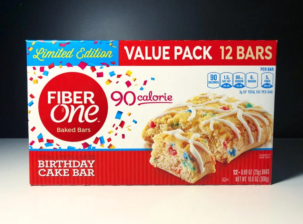 REVIEW: Fiber One 90 Calorie Birthday Cake Bars