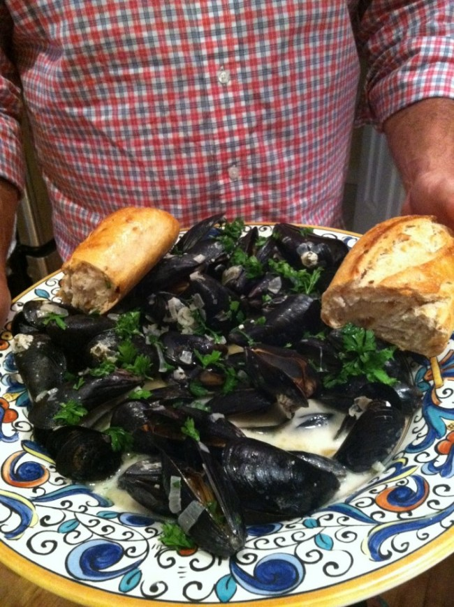 mussels served
