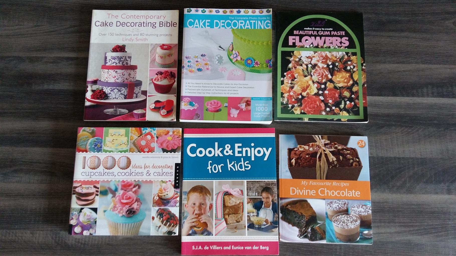 Books -Cake Decorating Books