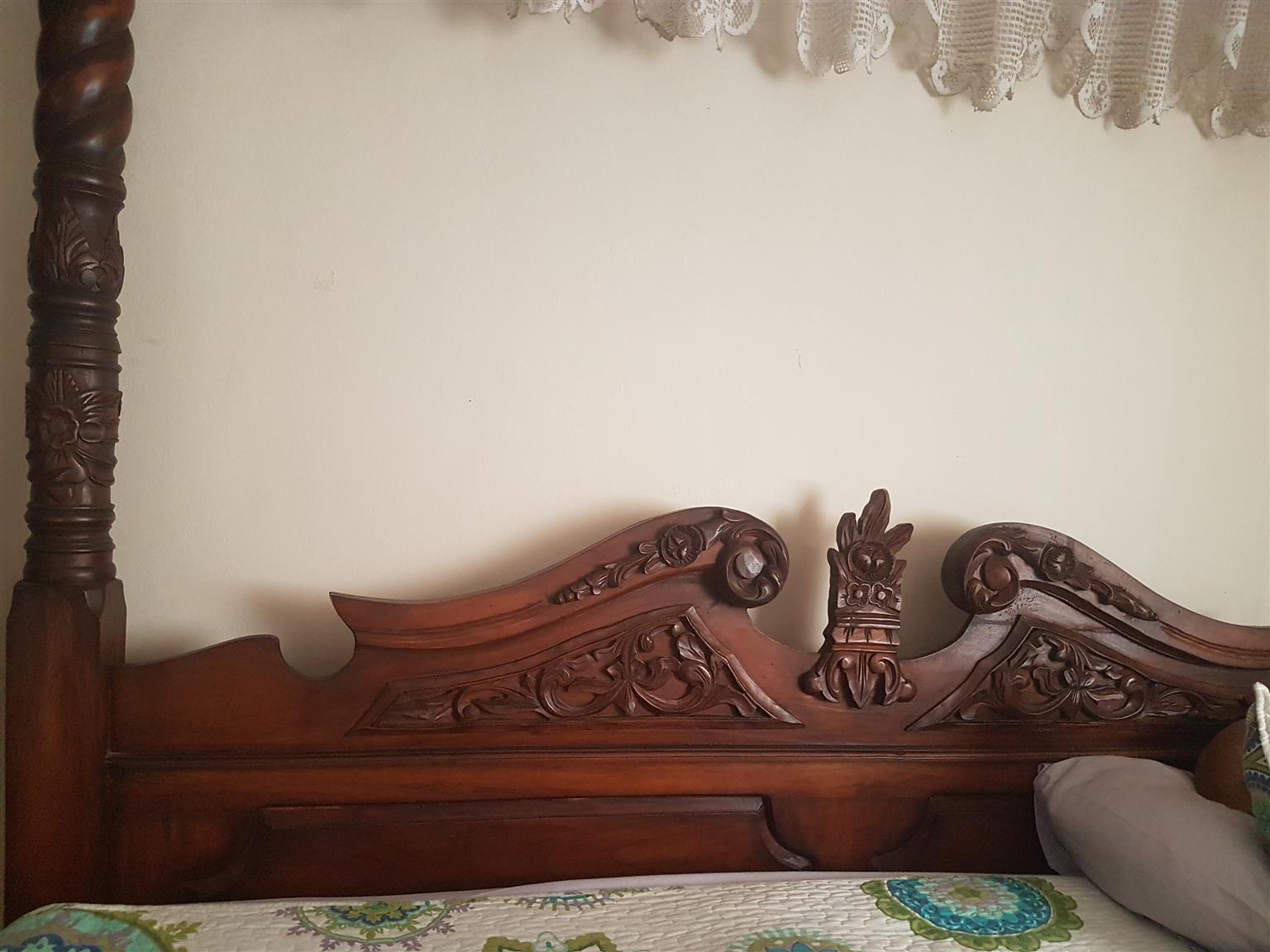 Beautiful Antique King Size Bed Junk Mail