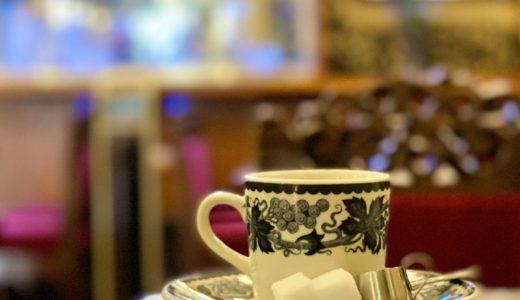 京都・四条大橋『純喫茶ラテン』ステンドグラスに囲まれた異空間!古さを感じない粋な昭和レトロ