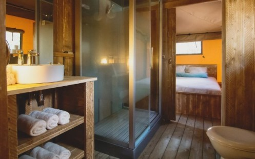 Eco-lodge tent badkamer