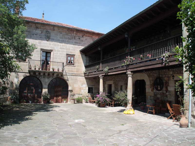 Casa Velarde Viernoles