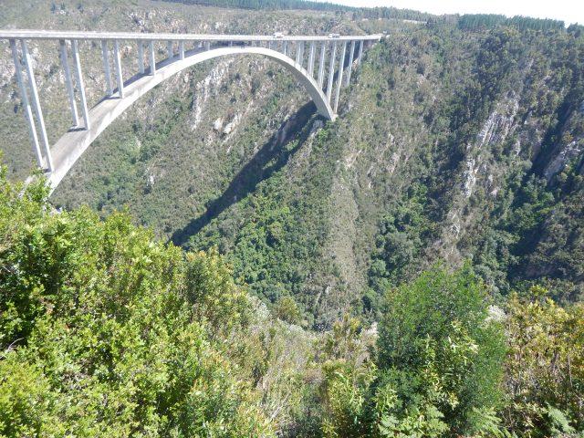 Bloukrans Bridge, o maior bungee jump de ponte do mundo! (África do Sul)