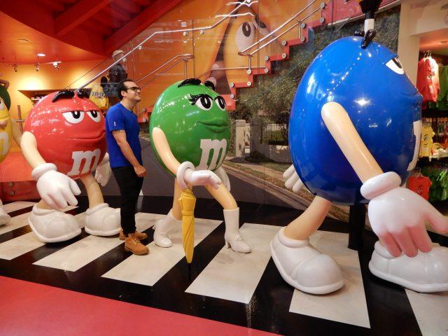 A divertida loja M&M's World em Londres (Inglaterra)