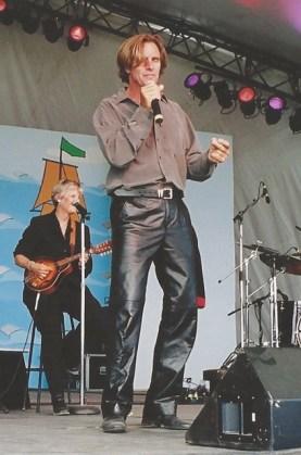 Andy Thoma Shari Ulrich