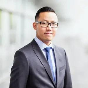 Van Hoang, Gründer