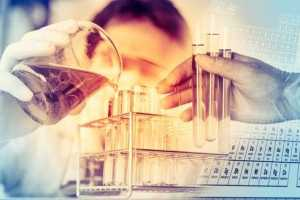 Técnico de laboratório não tem direito a acúmulo de função por levar coletas até matriz
