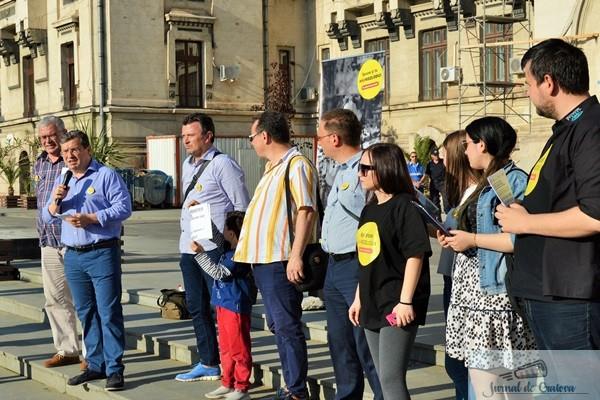 "Sute de craioveni au luat parte la mitingul ""Spune NU Kozlodui!"" 2"