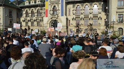"Sute de craioveni au luat parte la mitingul ""Spune NU Kozlodui!"""