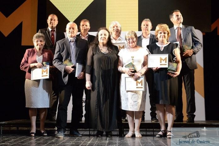 MOL Romania premiaza anual zece profesori si antrenori pentru excelenta in educatie ! Dan Podeanu este unul din castigatori ! 3