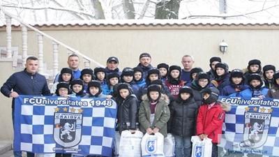 Fotbal : Mos Craciun a ajuns si la juniorii echipei Universitatea Craiova
